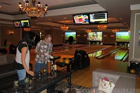 Bowling in Luxury at High Rollers, Foxwoods