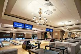 High Rollers Luxury Bowling - Foxwoods