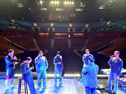 Straight No Chaser rehearsing at Mohegan Sun
