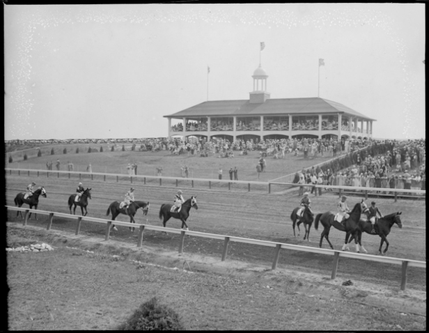 Rockingham Park's clubhouse in 1933